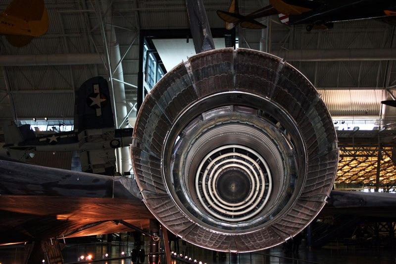 fastest-airplane-ever-lockheed-sr-71-blackbird-3